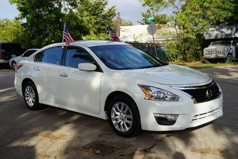 2015 NISSAN ALTIMA 25 S 4DR SEDAN white  call 866-378-7964 for sales  this 2015 nissan alt