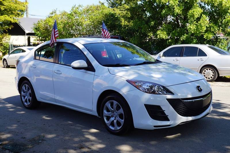 2011 MAZDA MAZDA3 I SPORT 4DR SEDAN 5A white  call 866-378-7964 for sales  this 2011 mazda