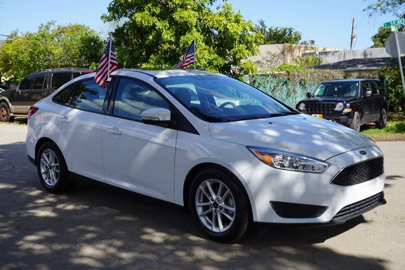 2016 FORD FOCUS SE 4DR SEDAN white  call 866-378-7964 for sales  this 2016 ford focus se 4d