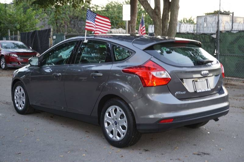 2012 Ford Focus SE 4dr Hatchback - Hollywood FL
