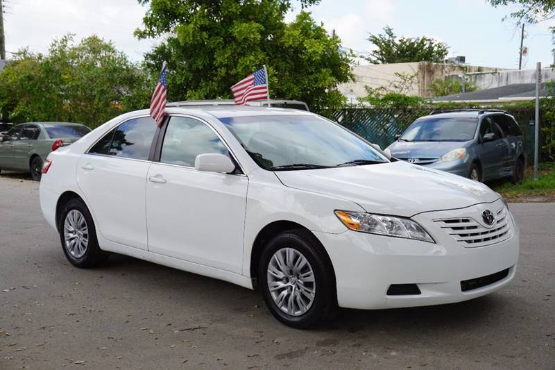 2009 TOYOTA CAMRY BASE 4DR SEDAN 5A white  call 866-378-7964 for sales  this 2009 toyota ca