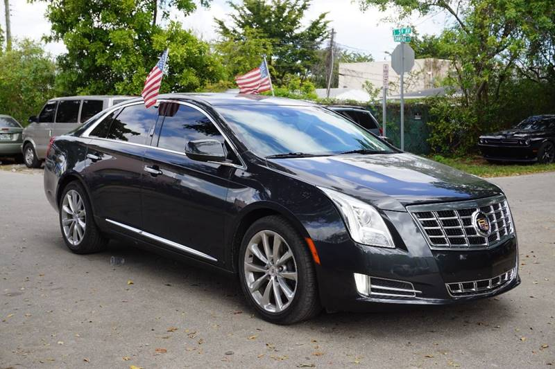 2013 CADILLAC XTS LUXURY COLLECTION 4DR SEDAN gray  call 866-378-7964 for sales  this 2013