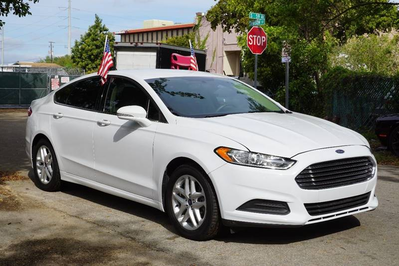 2014 FORD FUSION SE 4DR SEDAN white  call 866-378-7964 for sales  this 2014 ford fusion se