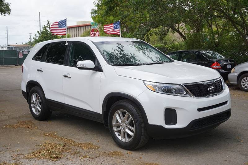 2014 KIA SORENTO LX 4DR SUV white  call 866-378-7964 for sales  this 2014 kia sorento lx 4d