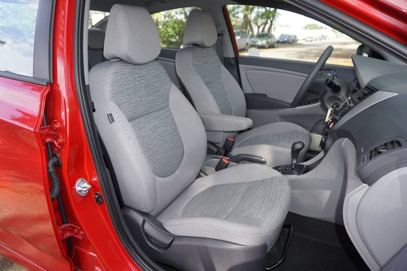 2017 Hyundai Accent SE 4dr Sedan 6A - Hollywood FL