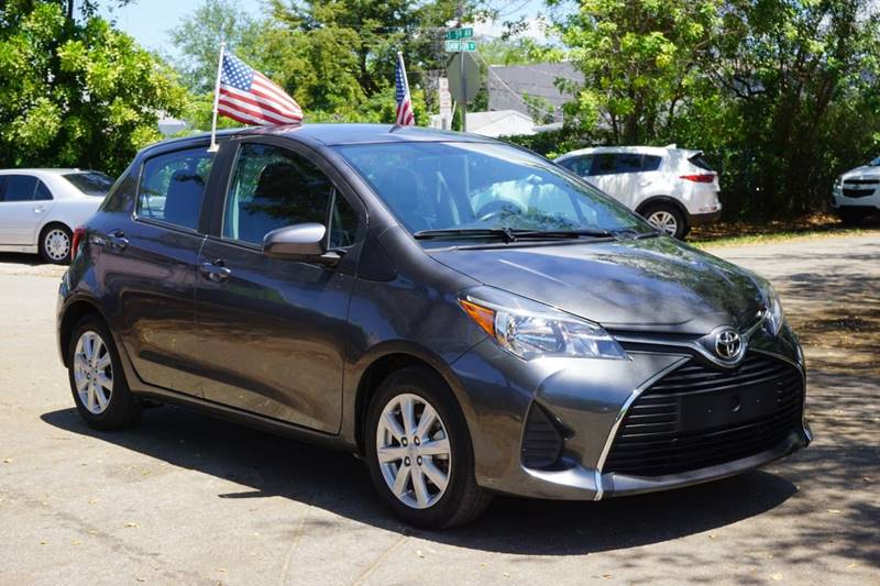 2015 TOYOTA YARIS 5-DOOR LE 4DR HATCHBACK gray  call 866-378-7964 for sales  this 2015 toyo