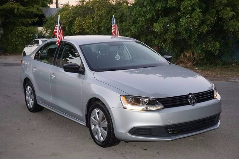 2013 VOLKSWAGEN JETTA S 4DR SEDAN 6A silver  call 866-378-7964 for sales  this 2013 volkswa