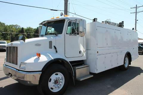 1999 Peterbilt 330 OIL LUBE CRANE SERVICE for sale at LA MOTORSPORTS in Windom MN