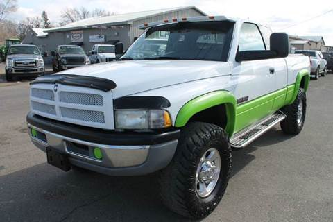 2002 Dodge Ram Pickup 2500 for sale at LA MOTORSPORTS in Windom MN