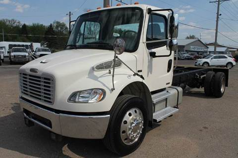 2004 Freightliner Business class M2 for sale at LA MOTORSPORTS in Windom MN