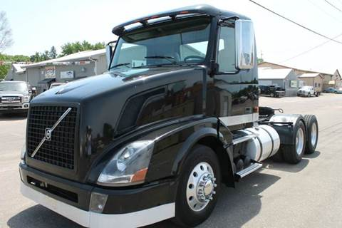 2008 Volvo VNL for sale at LA MOTORSPORTS in Windom MN