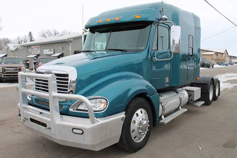 2007 Freightliner Columbia for sale at LA MOTORSPORTS in Windom MN