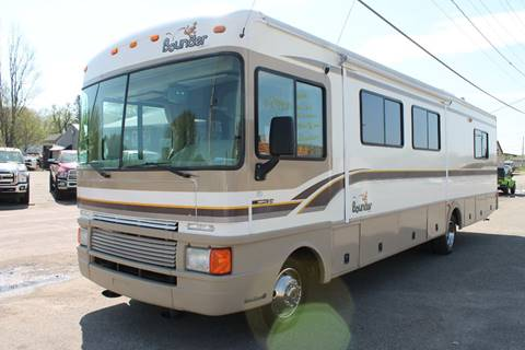 1999 Fleetwood Bounder for sale at LA MOTORSPORTS in Windom MN
