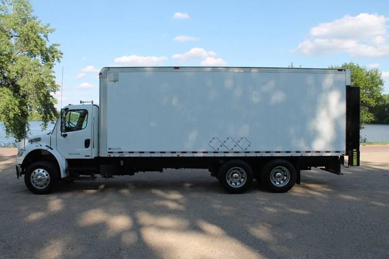 2009 Freightliner Business Class M2 BOX In Windom MN LA