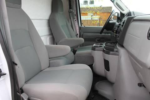 2009 Ford E-450
