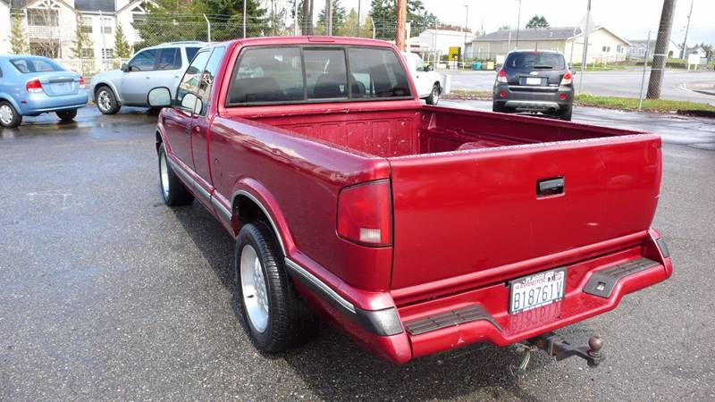 1997 Chevrolet S-10 2dr LS Extended Cab SB - Puyallup WA