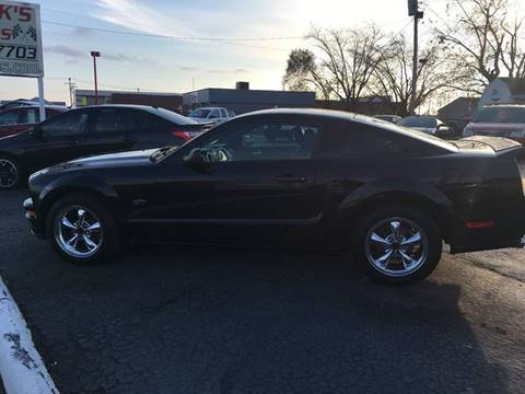 2005 Ford Mustang for sale in Whiteland, IN