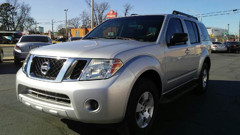Nice 2009 Nissan Pathfinder 4x2 S 4dr SUV   North Little Rock AR