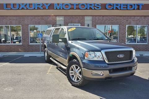 2005 Ford F-150 for sale at Luxury Motors Credit Inc in Bridgeview IL