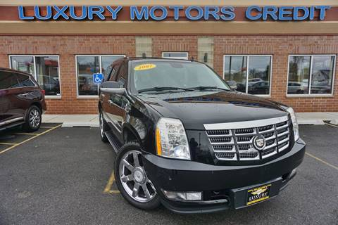 2007 Cadillac Escalade for sale at Luxury Motors Credit Inc in Bridgeview IL