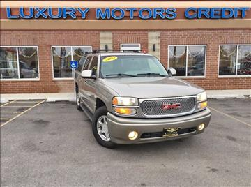 2002 GMC Yukon XL for sale at Luxury Motors Credit Inc in Bridgeview IL