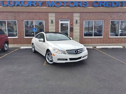 2012 Mercedes-Benz E-Class for sale at Luxury Motors Credit Inc in Bridgeview IL