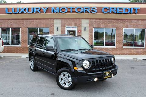 2015 Jeep Patriot for sale at Luxury Motors Credit Inc in Bridgeview IL