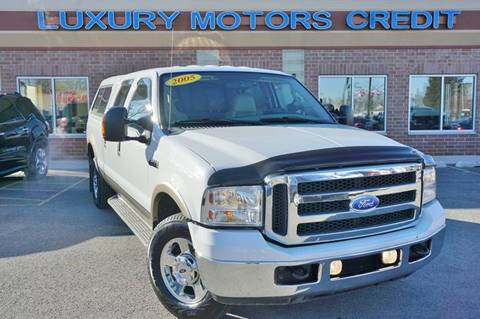 2005 Ford F-250 Super Duty for sale at Luxury Motors Credit Inc in Bridgeview IL