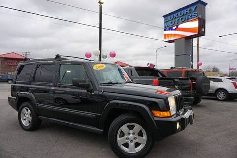 2006 Jeep Commander for sale at Luxury Motors Credit Inc in Bridgeview IL