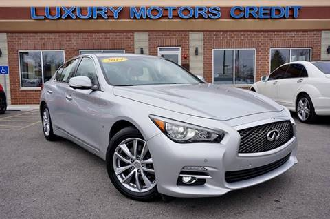2014 Infiniti Q50 for sale at Luxury Motors Credit Inc in Bridgeview IL