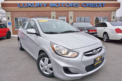 2013 Hyundai Accent for sale at Luxury Motors Credit Inc in Bridgeview IL