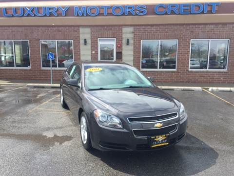 2011 Chevrolet Malibu for sale at Luxury Motors Credit Inc in Bridgeview IL