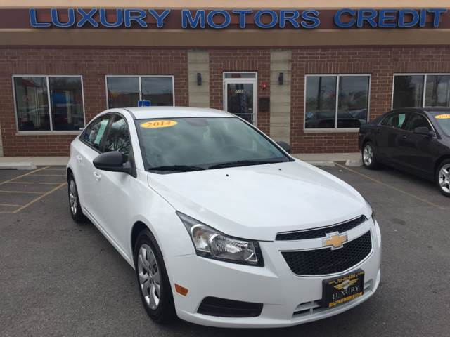 2014 Chevrolet Cruze for sale at Luxury Motors Credit Inc in Bridgeview IL