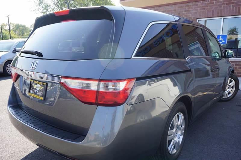 2012 honda odyssey lx 4dr mini van in bridgeview il for Luxury motors bridgeview il