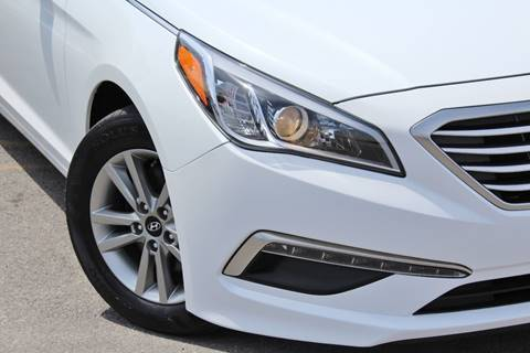 2015 Hyundai Sonata for sale at Luxury Motors Credit Inc in Bridgeview IL