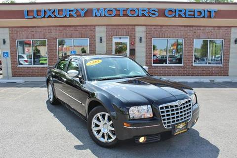 2010 Chrysler 300 for sale at Luxury Motors Credit Inc in Bridgeview IL