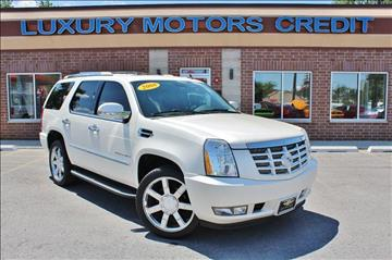 2008 Cadillac Escalade for sale at Luxury Motors Credit Inc in Bridgeview IL
