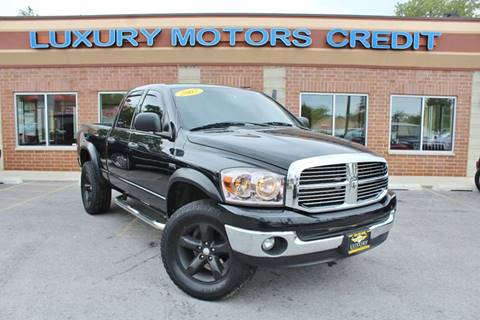 2007 Dodge Ram Pickup 1500 for sale at Luxury Motors Credit Inc in Bridgeview IL