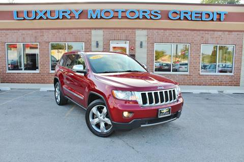 2013 Jeep Grand Cherokee for sale at Luxury Motors Credit Inc in Bridgeview IL