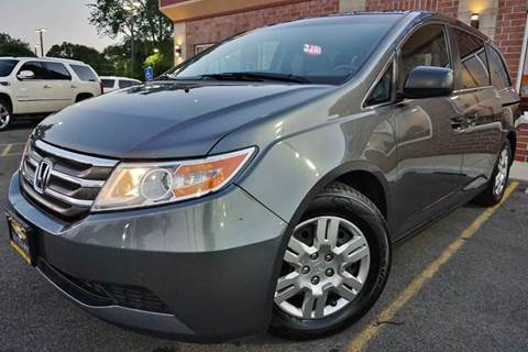 2012 Honda Odyssey for sale at Luxury Motors Credit Inc in Bridgeview IL