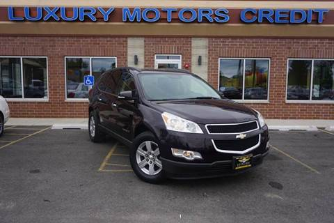 2009 Chevrolet Traverse for sale at Luxury Motors Credit Inc in Bridgeview IL
