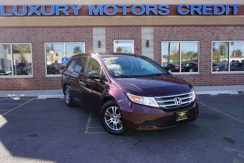 2013 Honda Odyssey for sale at Luxury Motors Credit Inc in Bridgeview IL