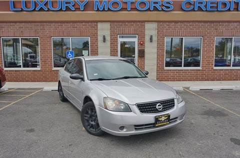 2006 Nissan Altima for sale at Luxury Motors Credit Inc in Bridgeview IL
