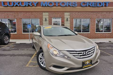 2011 Hyundai Sonata for sale at Luxury Motors Credit Inc in Bridgeview IL