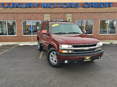 2003 Chevrolet Tahoe for sale at Luxury Motors Credit Inc in Bridgeview IL