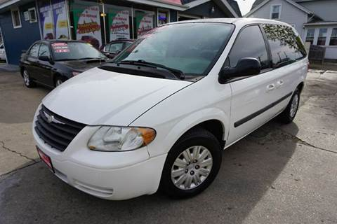 2006 Chrysler Town and Country for sale at Cass Auto Sales Inc in Joliet IL