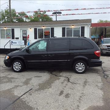 2006 Chrysler Town and Country for sale in Mount Carmel, IL