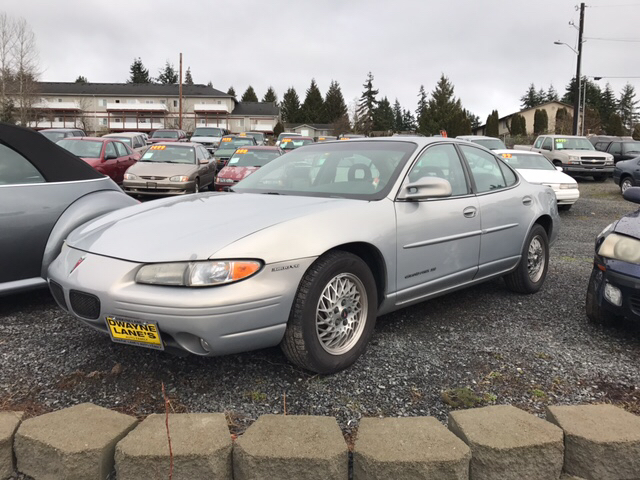 2000 pontiac grand prix se 4dr sedan in lynnwood wa livengood motors. Black Bedroom Furniture Sets. Home Design Ideas