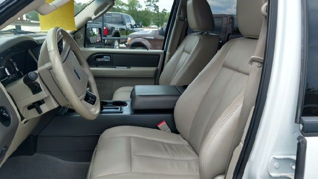 2013 Ford Expedition 4x2 XLT 4dr SUV - Lumberton TX
