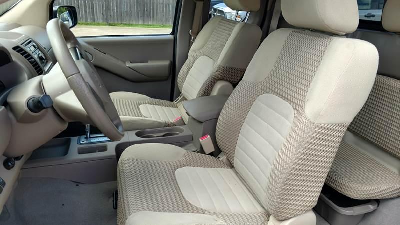 2008 Nissan Frontier 4x2 LE 4dr King Cab 6.1 ft. SB 5A - Lumberton TX